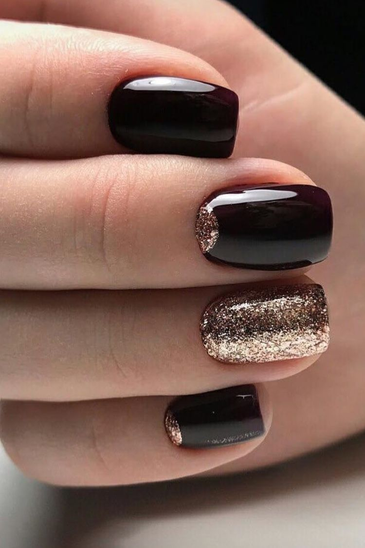 Pin By Shamyla On Dark Red Nails Gold Glitter Nails Black Nails With Glitter Gold Nails
