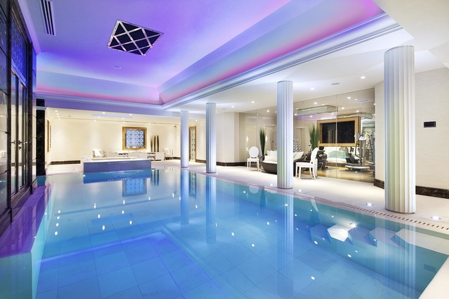 accessories as well as an indoor swimming pool heath hall boasts a sauna and a snooker room