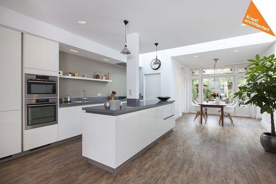 Aanbouw woning dichterswijk zeist kraal architecten for Interieur moderne woning