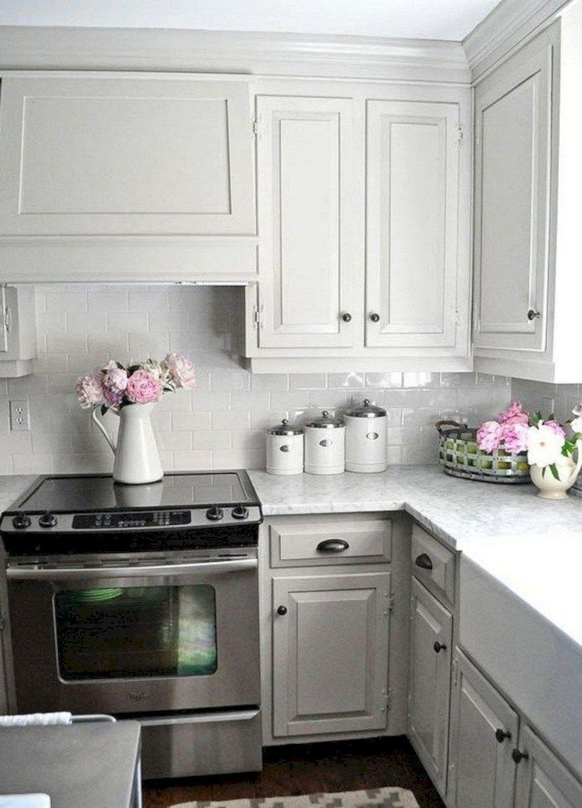47 awesome farmhouse gray kitchen cabinets decor ideas light grey kitchens kitchen cabinets on farmhouse kitchen gray id=81003