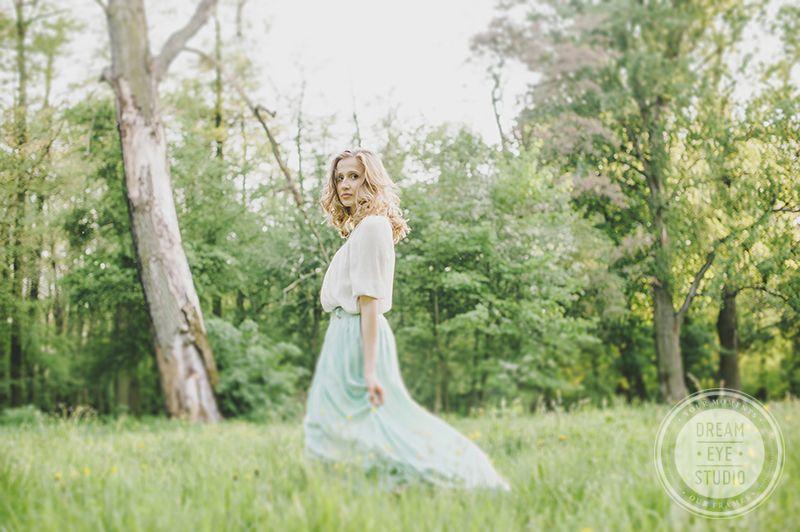 http://dreameyestudio.pl/ #dreameyestudio #girl #mint #longskirt #vintage #romantic #blonde #beautifulphotos #photography #engagement #fionce #rustical #rustic