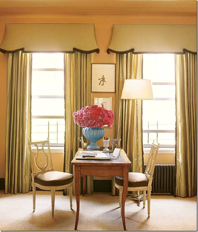 Toulouse Dining Table And Chairs Images