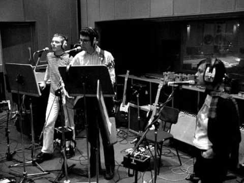 Belle & Sebastian - O Come, O Come, Emmanuel (Christmas Peel Session 18/12/2002) - YouTube