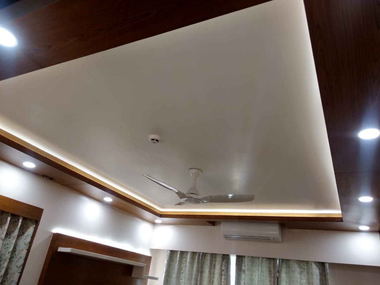 Get Stylish And Innovative Ceiling Designs Ideas With