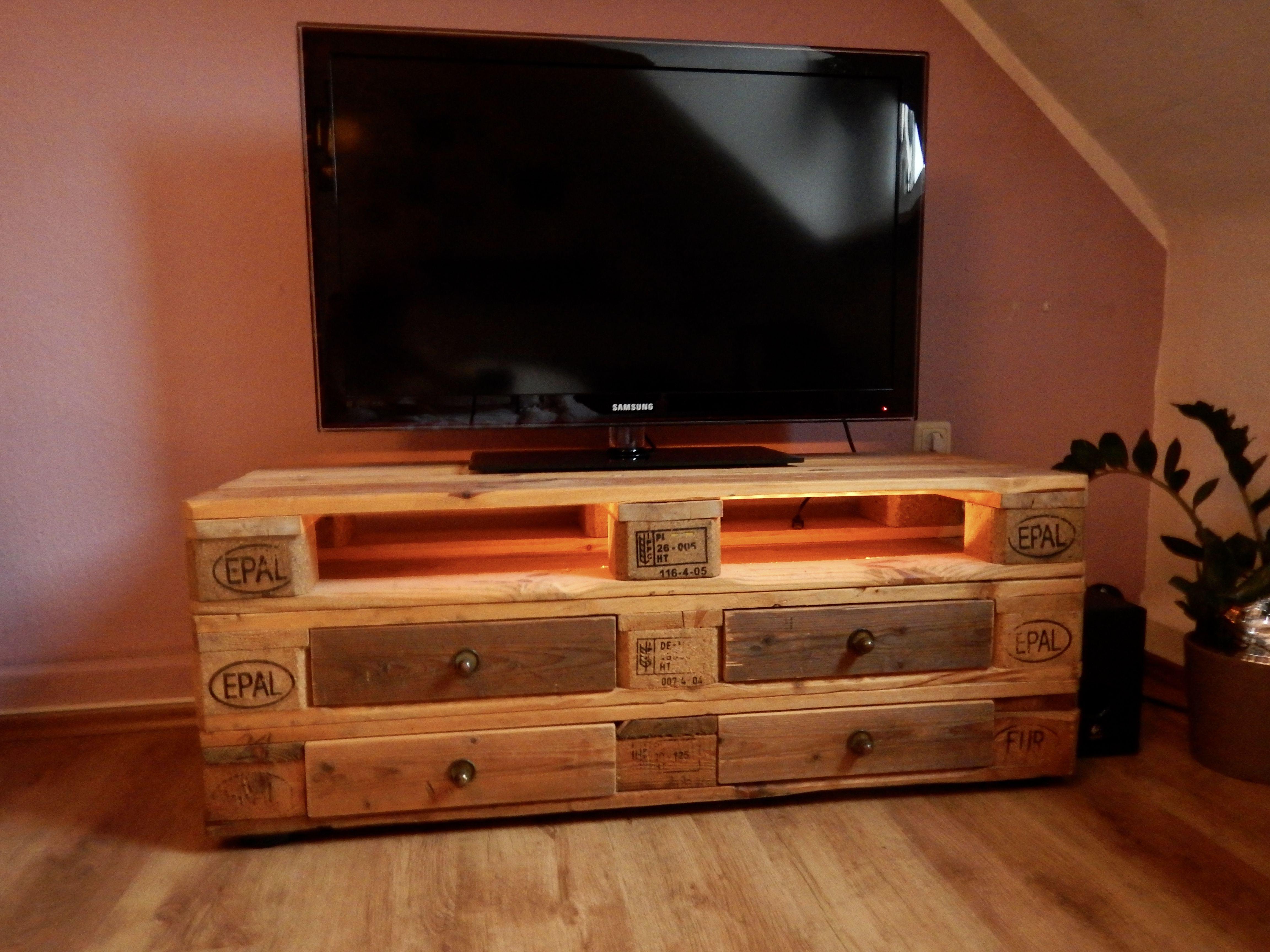 Wohnzimmer Regalwand Tv