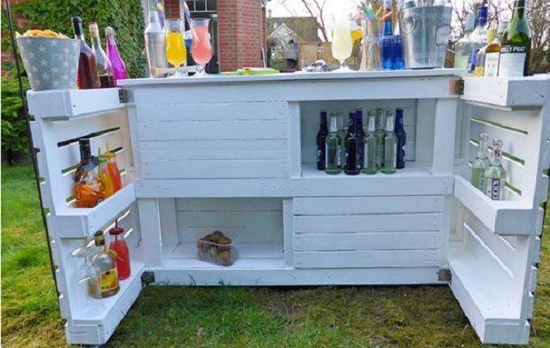 Mit Diesen 16 Super Ideen Bauen Sie Einfach Und Billig Eine Bar In Ihren  Garten!