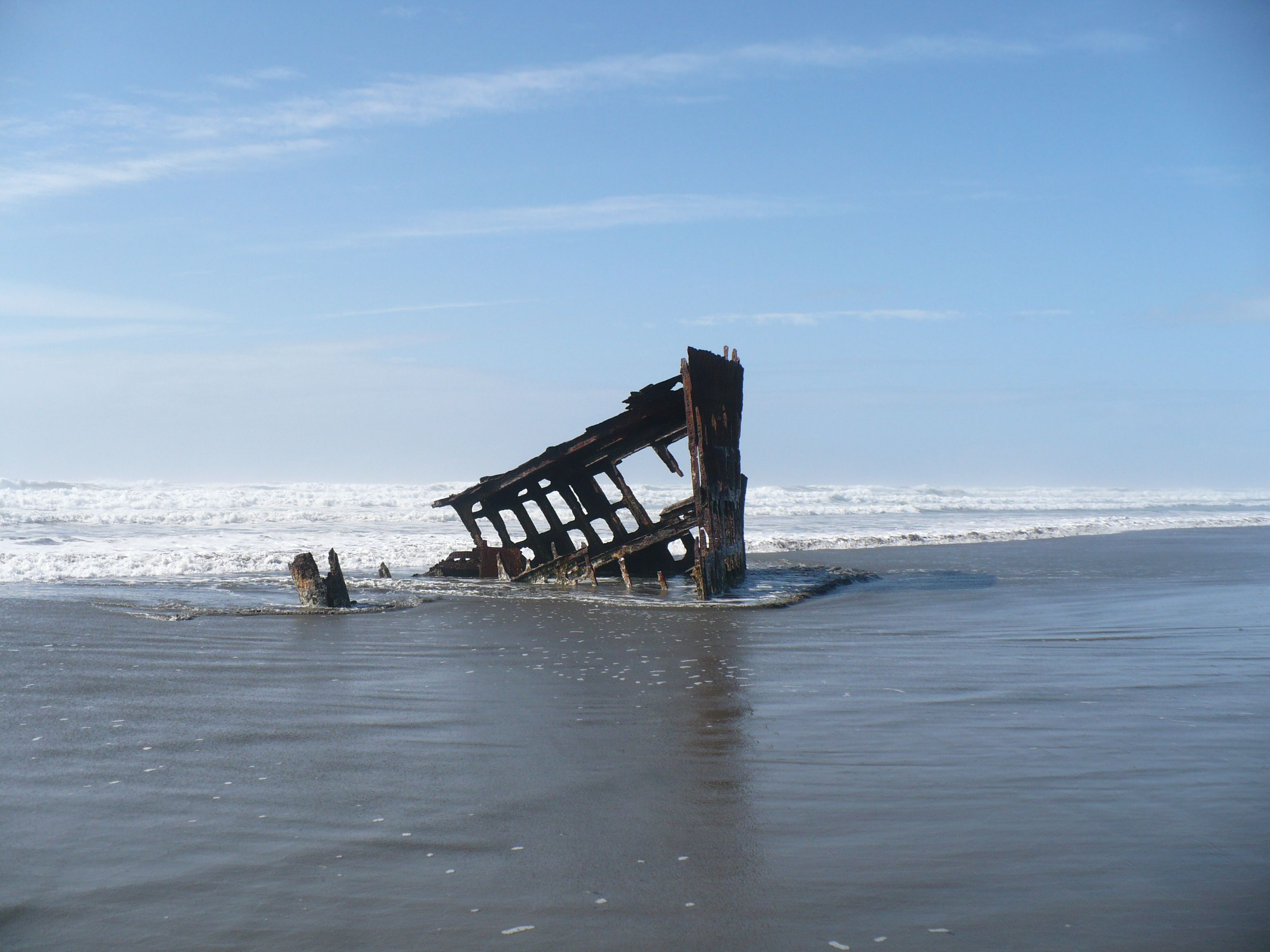 1906 shipwreck of the Peter Iredale near Astoria OR