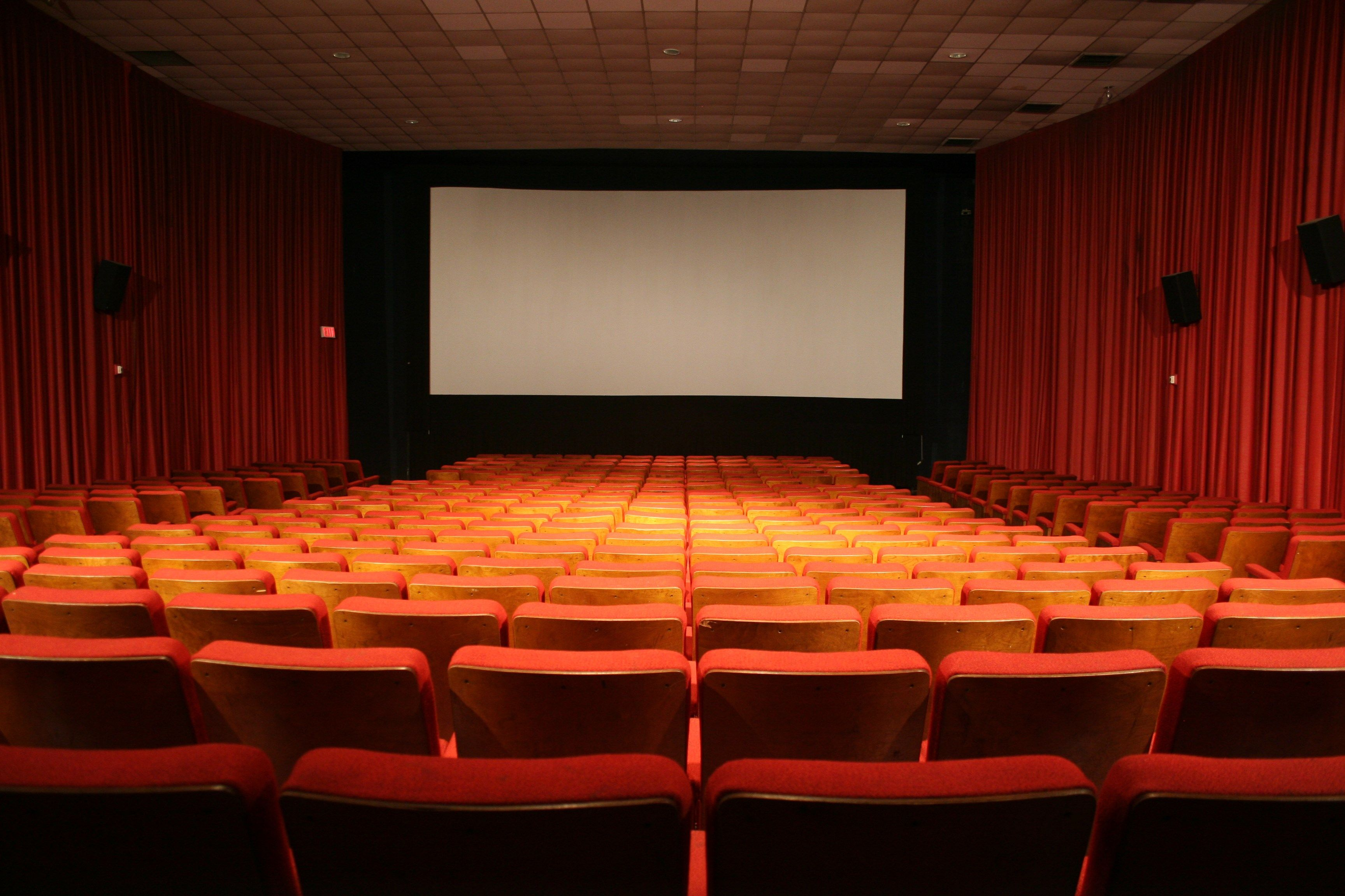 Cinema Wallpapers Kinoteatr Pisatel
