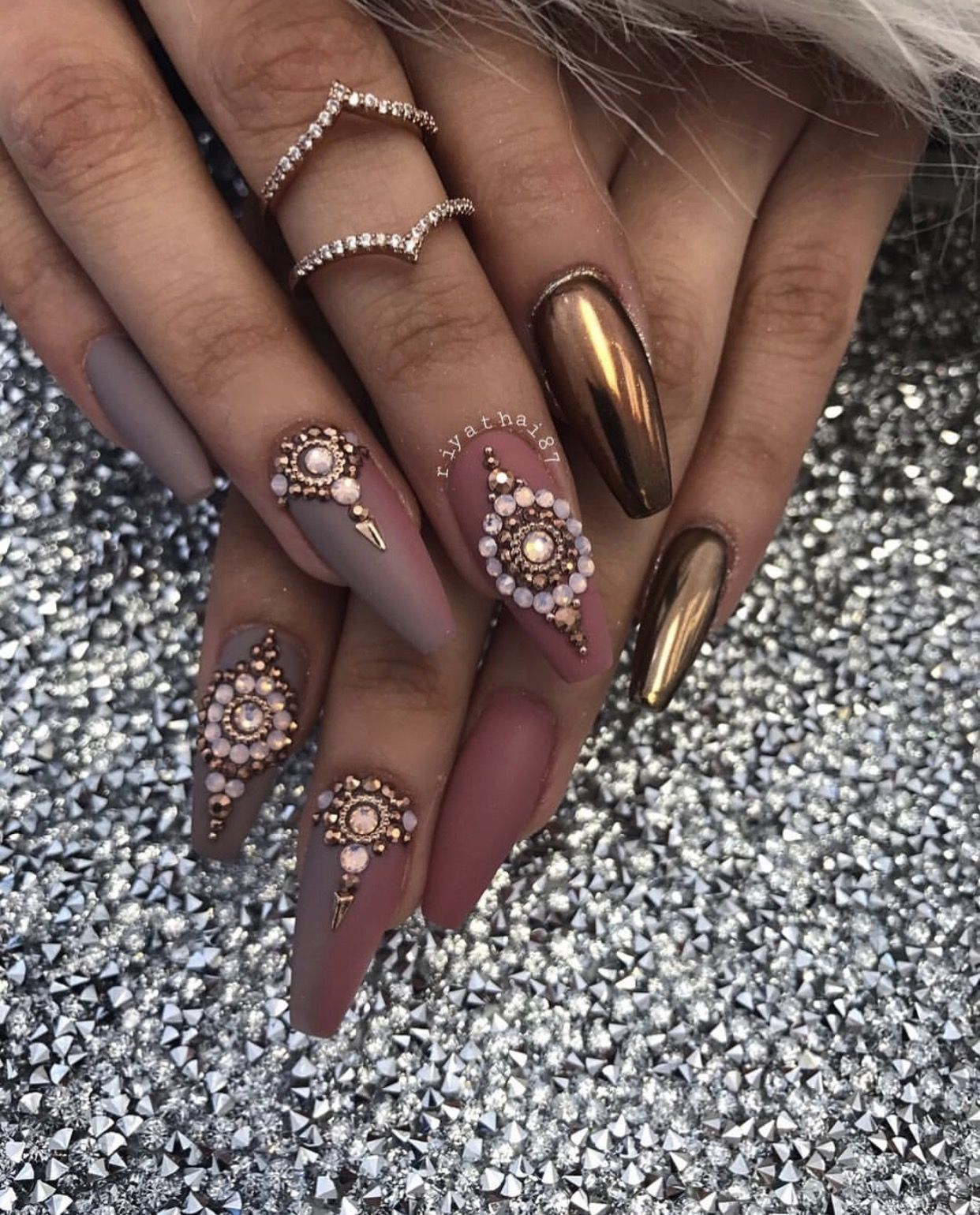Newest Coffin Nails Art Designs To Try In 2019 Spring Coffin Nails Art Designs Long Coffin Nails Nail Designs Chrome Nails Bling Nails