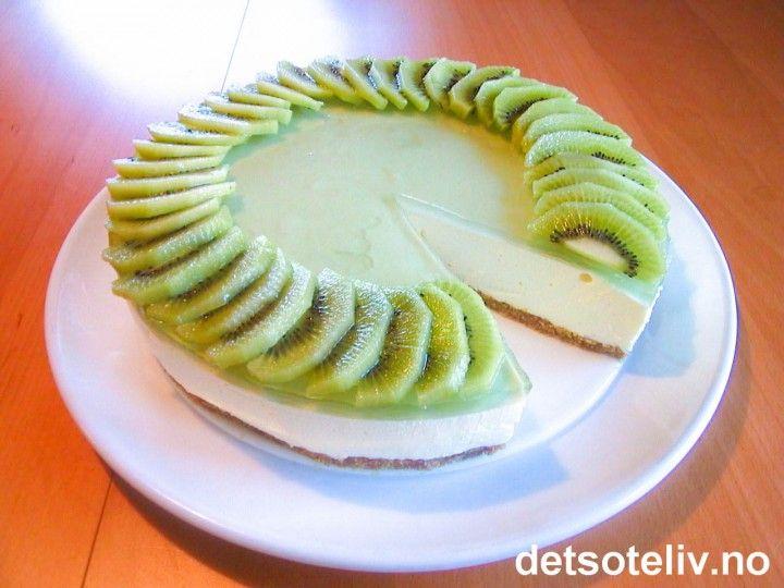 Ostekake med kiwi | Det søte liv