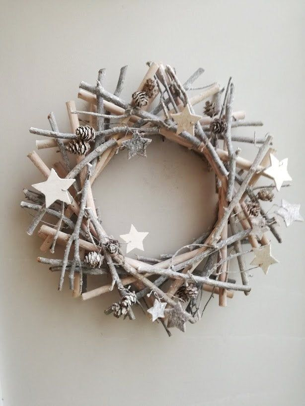 Grey boughs wreath, gray Xmas wreath, grey wooden sticks wreath with wooden stars and pine cones, rustic boho Xmas wreath, woodland wreath