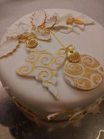 Elegant Christmas Cake White And Gold By Sticky Fingers Cake