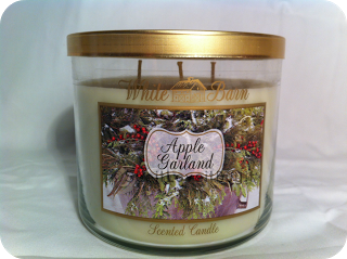 Apple Garland candle @ Bath & Body Works. Smells great for ...