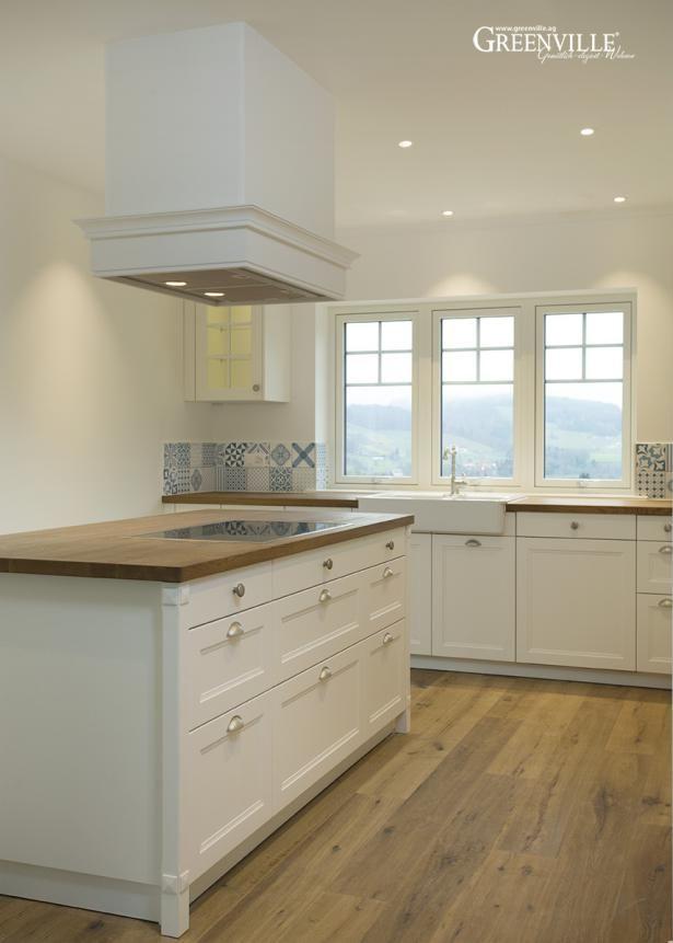 Wunderschöne Küche Im Englischen Landhausstil Mit Wasserbeständigen  Paneelen.