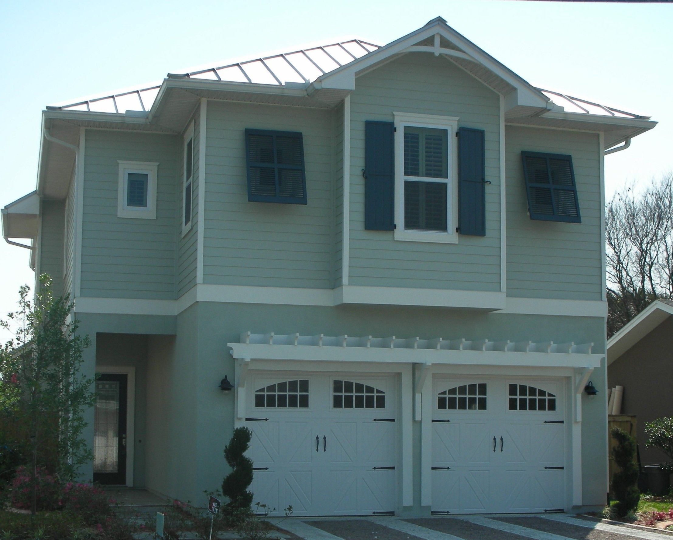 Custom Garage Door And Window Installation In Jacksonville