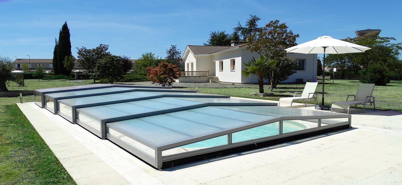 Abri piscine octavia fabricant fran ais d 39 abris de for Specialiste piscine