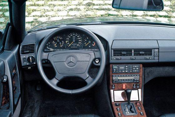 mercedes benz sl class r129 interior voiture mercedes mercedes voiture mercedes benz sl class r129