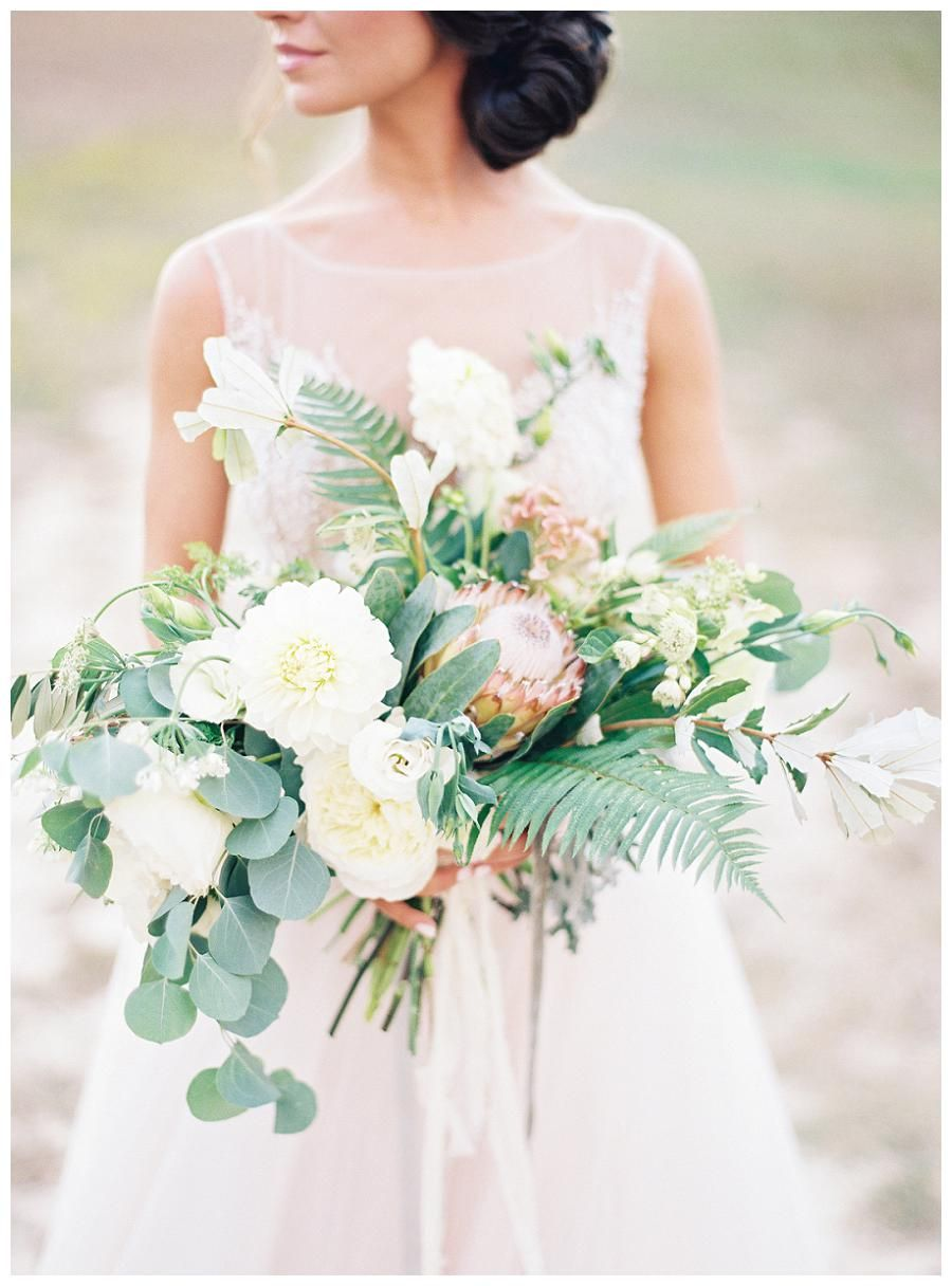 Blush and ivory bridal bouquet. Image by Allison Kuhn Photography.