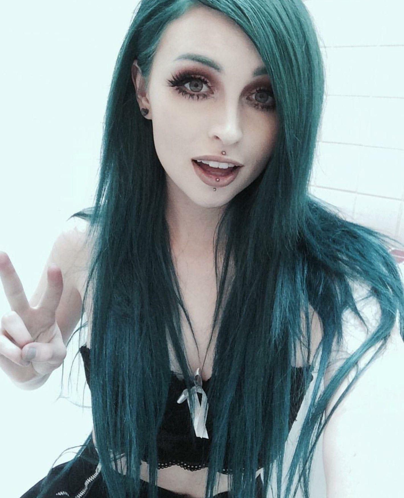 Pretty emo girl hairstyles - Ehotpics.com