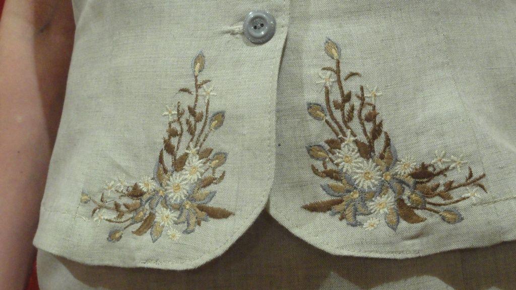 Вышивка ришелье на костюм