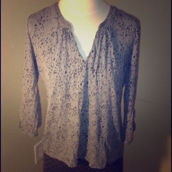 Calvin Klein Cute top.  Marked large but fits like a bigger small or perfect medium. Calvin Klein Tops