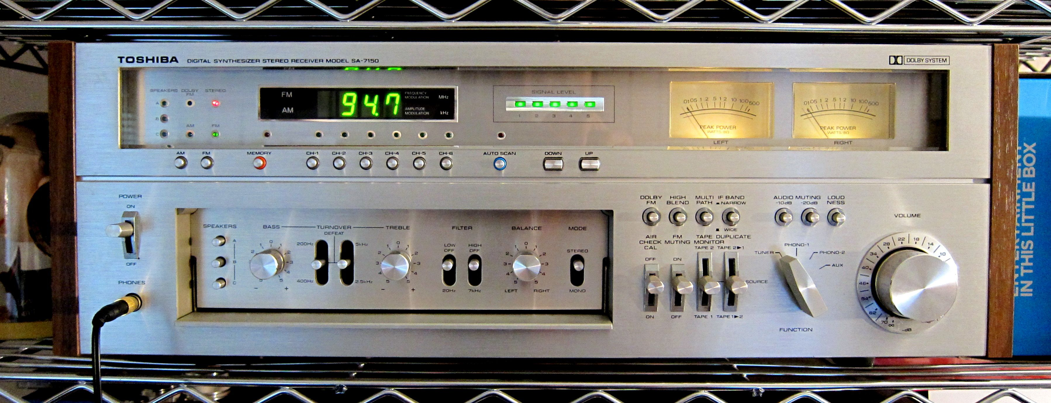 Toshiba SA-7150, first production Receiver with all digital tuning