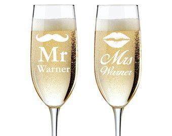 Mr And Mrs Personalized Champagne Flutes Wedding Toasting Gles