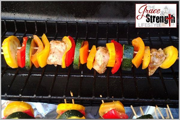 15 Grilling Recipes to Make Summer Sizzle #chickenkabobmarinade Clean-Eating Grilled Chicken & Veggie Kabob Marinade #chickenkabobmarinade