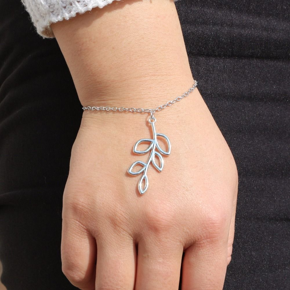 Wholesale Fashion Bijoux New 2017 Love Hollow Leaves Bracelet Bangle Chain For Women Jewelry Girl Gift One Direction L208