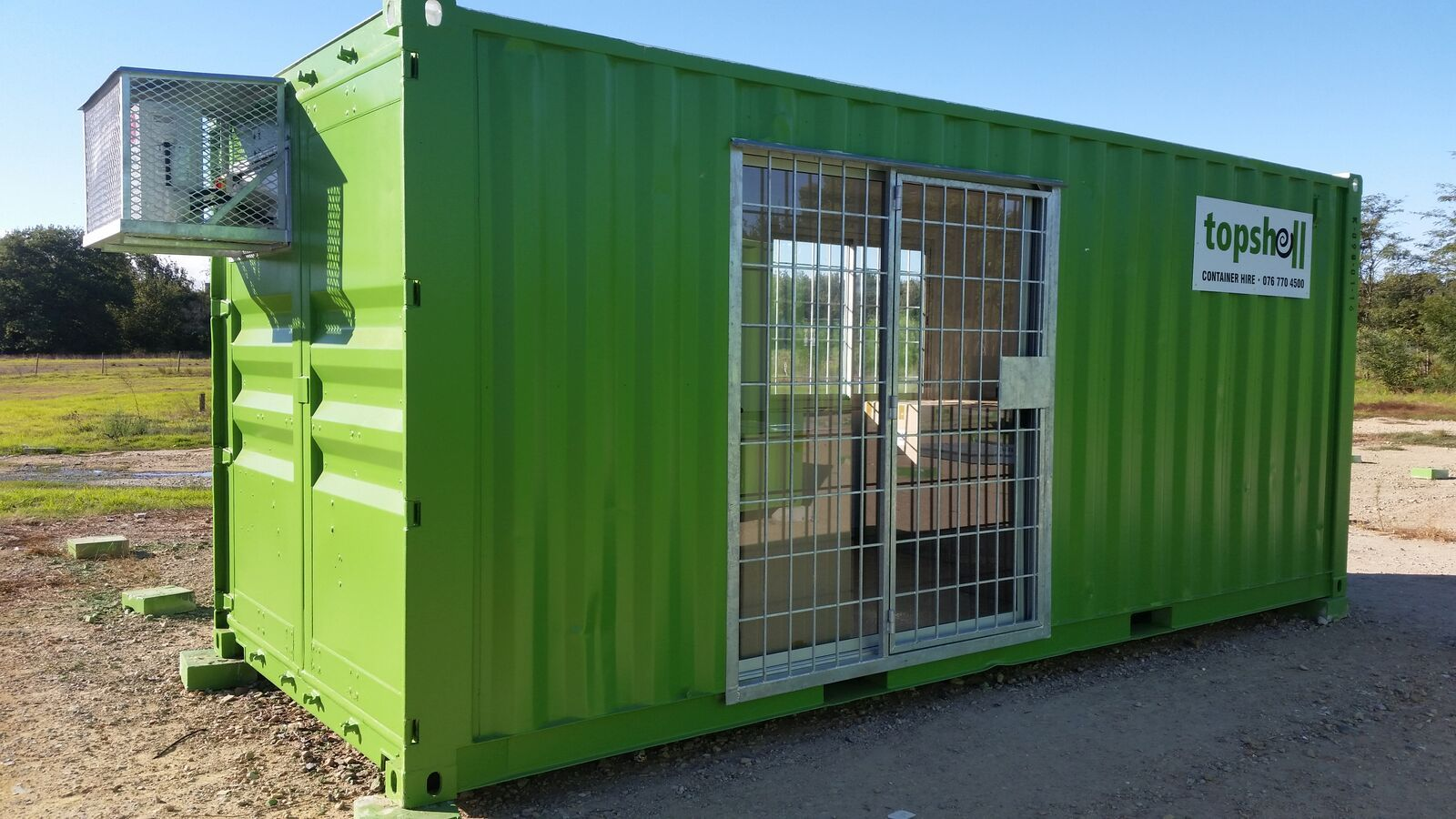 Shipping Container Offices In 2020 Container House Container Office Shipping Container Office
