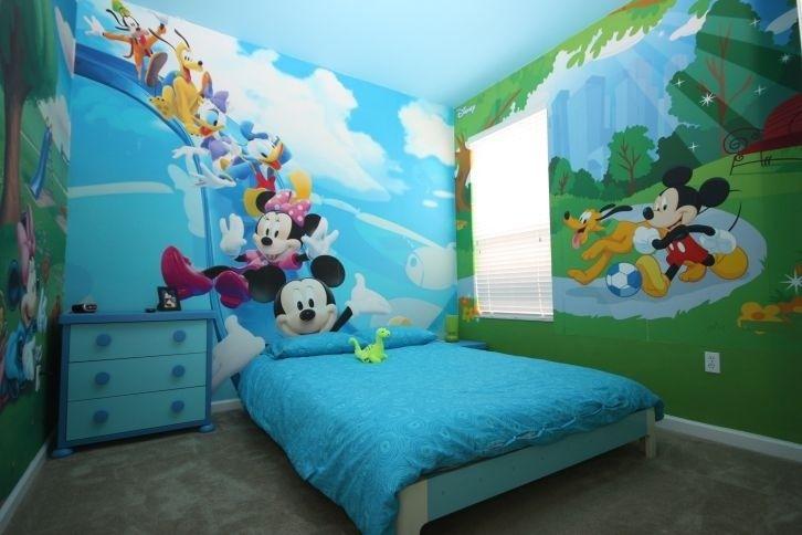 Windsor Hills House Rental 3 Kid S Theme Rooms Princess Mickey And Star War South Decoracion De Muros Decoracion Habitacion Nino Habitacion De Mickey Mouse
