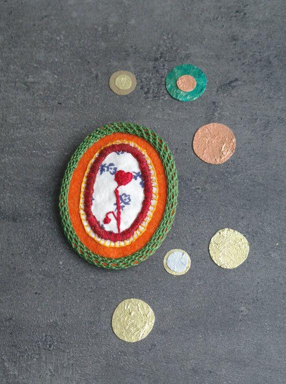 Romantic brooch / Little heart brooch, embroidery brooch, crocheted brooch, felt brooch, repurposed, eco friendly jewelry, textile jewelry