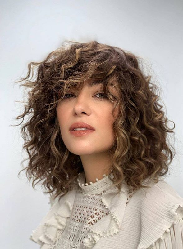 31 Curly Wavy Hairstyles Ideas In 2021 Curly Hair Styles Hair Styles Wavy Curly Hair
