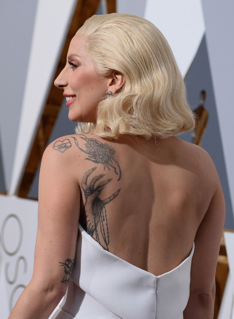 b514ad6a4a71e Lady Gaga Flower Tattoo - Lady Gaga's daisy tattoo made a sweet contrast to  the 'monster paw' below it.