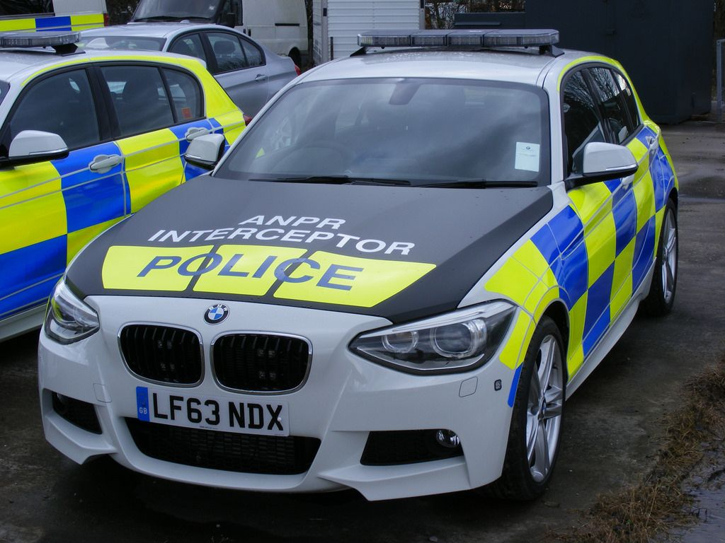 Bmw 5 series touring police 2013 uk wallpapers and hd images car - U K Police Vehicles Google Search
