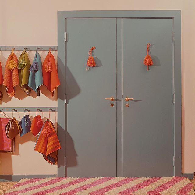 Kvadrat S First Showroom Ebeltoft 1970 Designed By The Iconic Nanna Ditzel Our Showroom On Adelgade Was Charac Showroom Design Danish Design Locker Storage