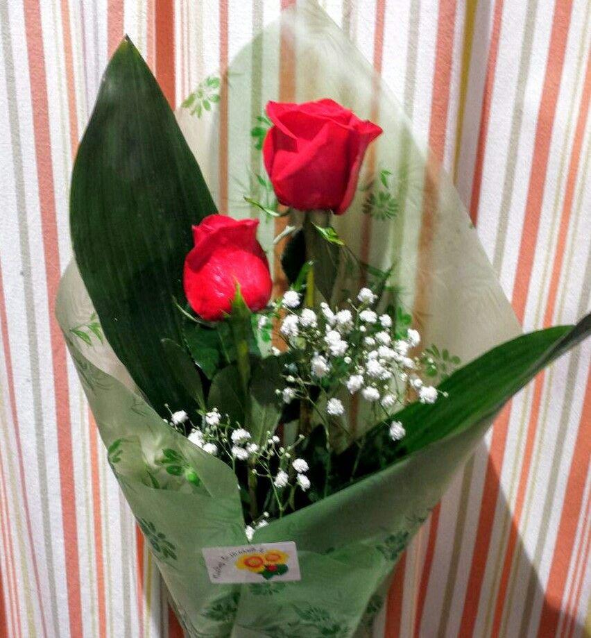 Dos Rosas De Regalo Flowers Bouquet Bouquet Flowers
