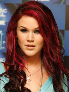 Singer Joss Stone is a big fan of Manic Panic hair color! Try our #VampireRed for this shade.
