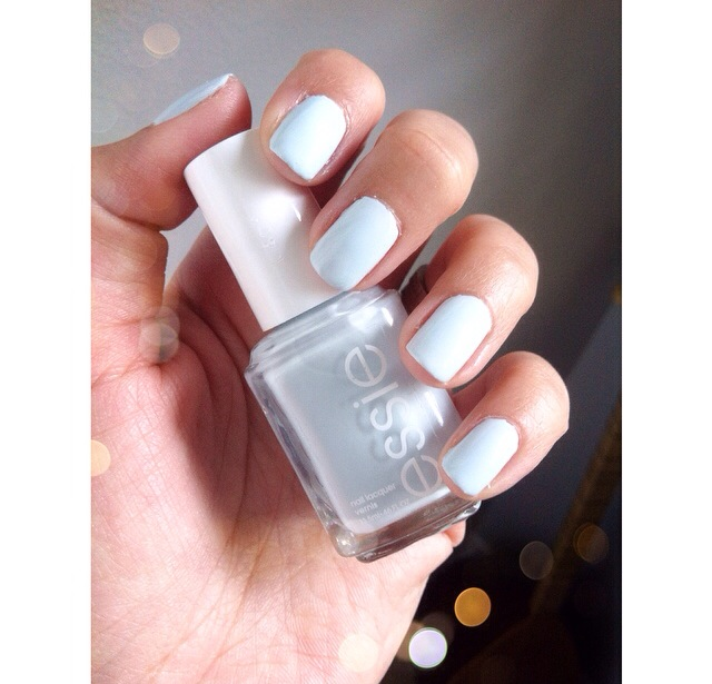 My Top Spring 2017 Nail Polish Favorites Essie Find Me An Oasis