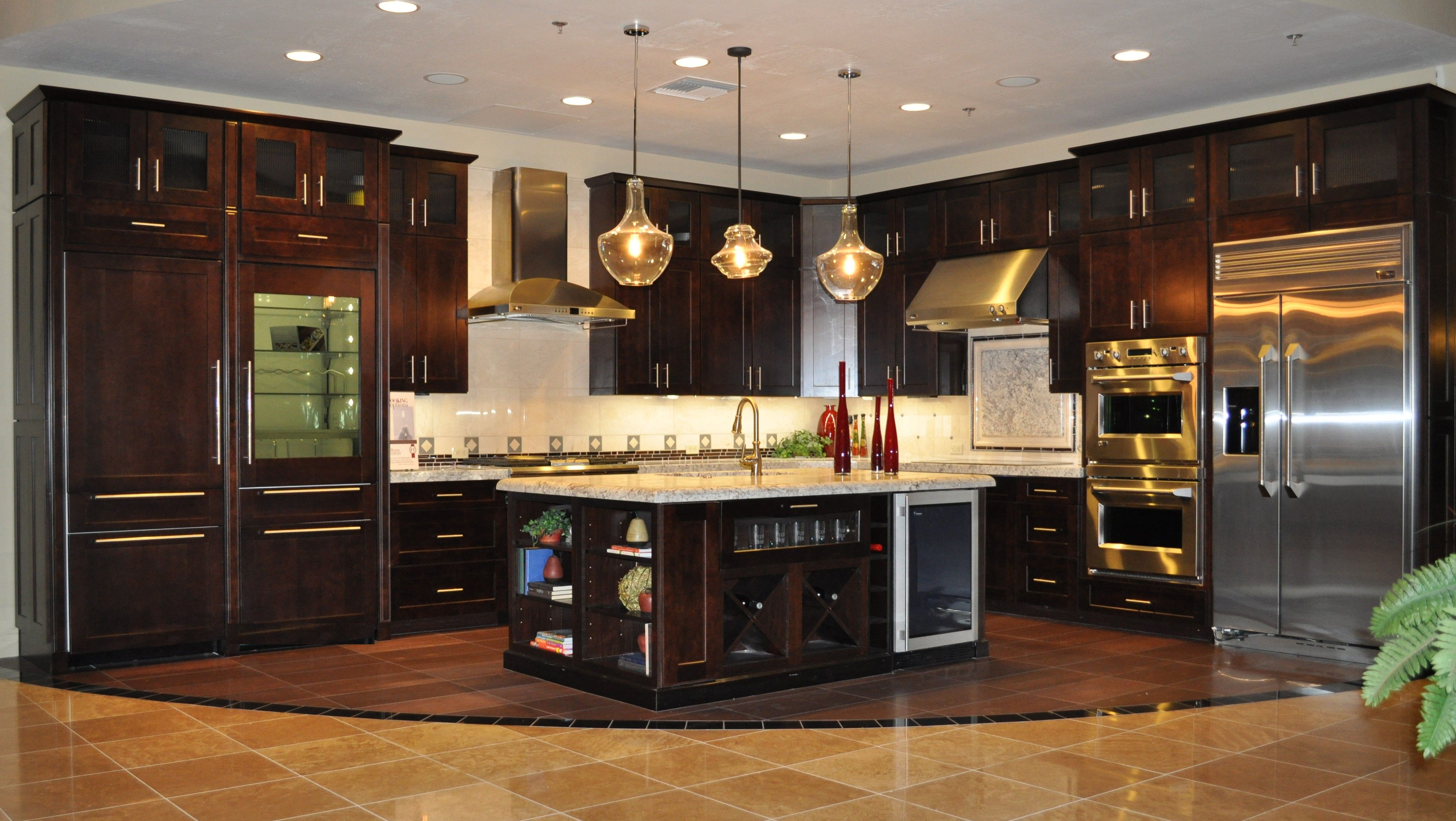 kitchens with dark cabinets and light countertops. These 20 Beautiful Kitchens Have Luxurious Dark Kitchen Cabinets That Will Convince You To Go Get A Cherry Or Espresso Cabinet Stain Right Away! With And Light Countertops