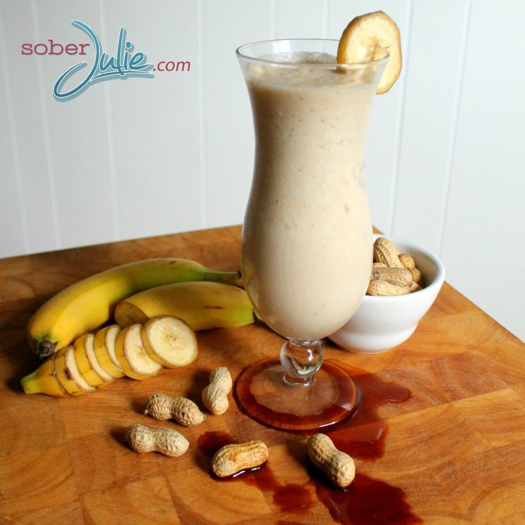 Banana, Vanilla & Peanut Butter Smoothie Recipe 2 1/2 c almind milk 2 bananas 1c pb 1apple 3tbs flaxseed 3tbs brown rice protein powder