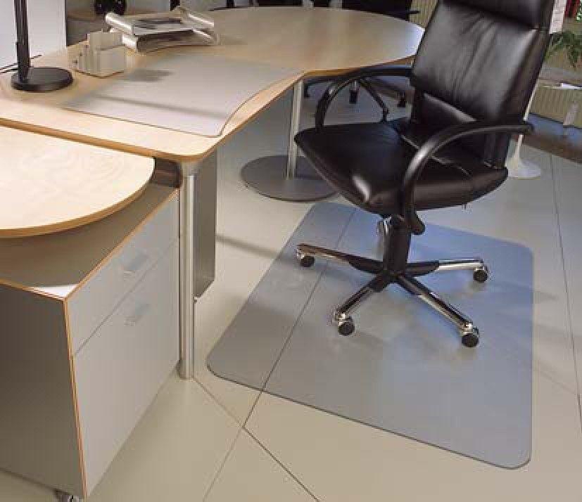 black computer chair mat