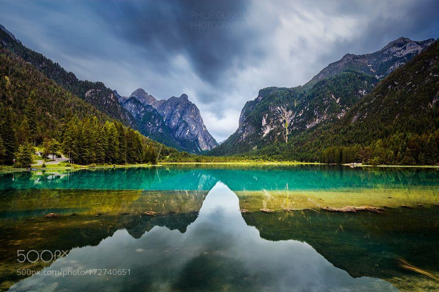 Lago di Dobbiaco by phigun