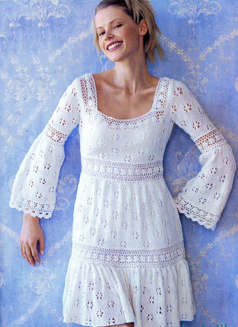 Вязаные платья с горловинами