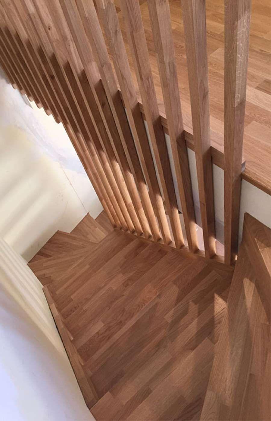 Dise o y fabricaci n de escalera a medida de roble - Disenos de escaleras de madera para interiores ...