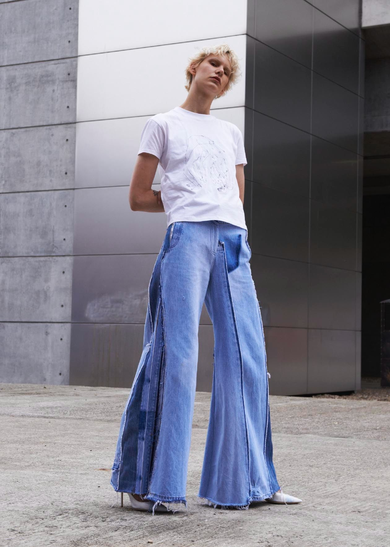 cf9a460ef28 Vinti Andrews - Maxi Flare Remake Jeans