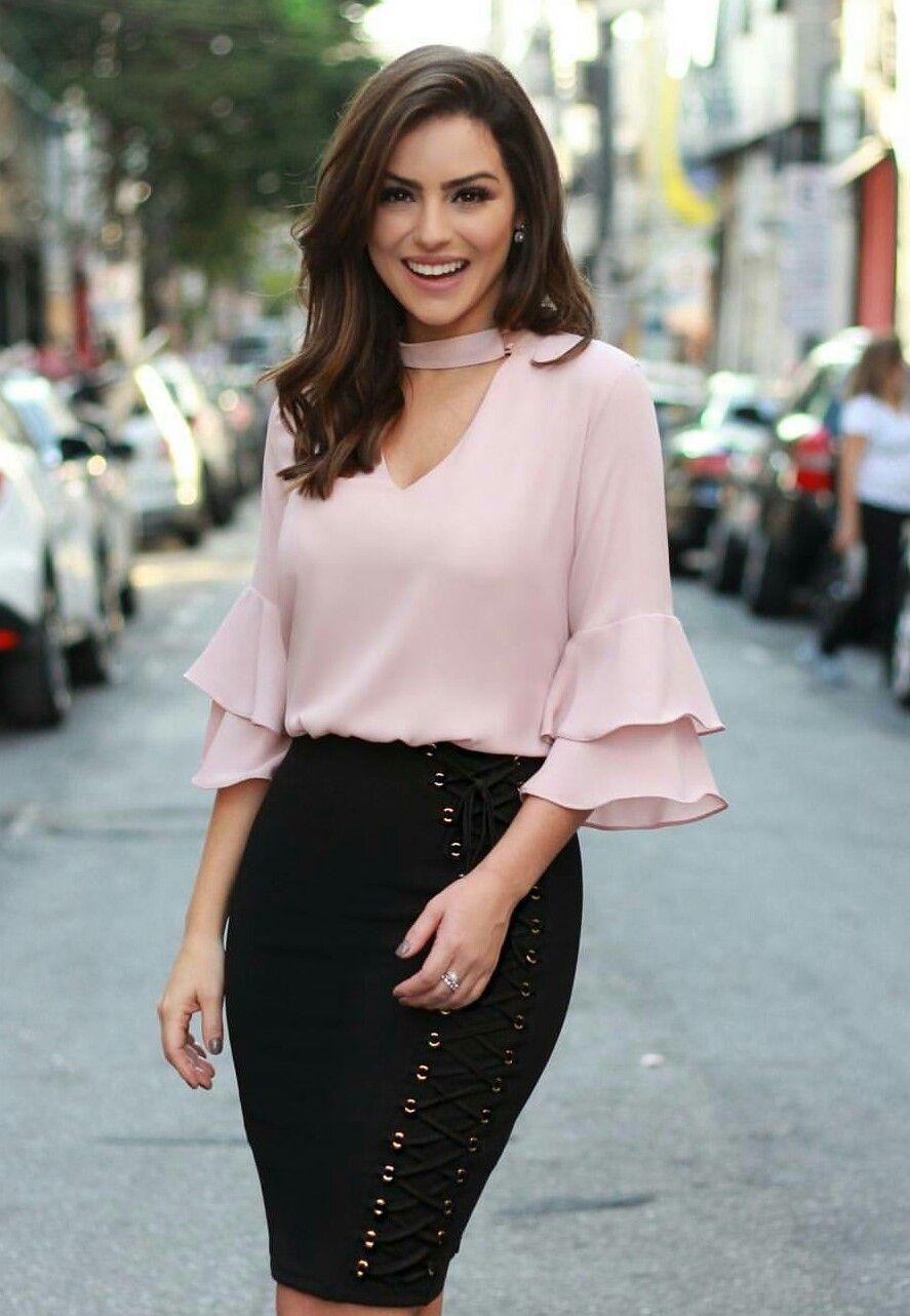 5c0857954 Blusas | blusas con arandelas en 2019 | Falda y blusa elegante ...