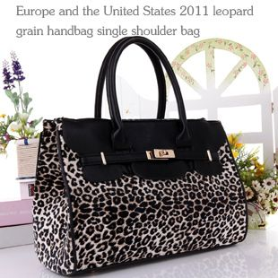 $35 free shipping womens handbag^_^Email: wish.happy888@foxmail.com