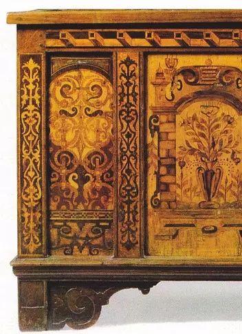 Coffre Alemanique De La Renaissance En Chene A Intarsia De