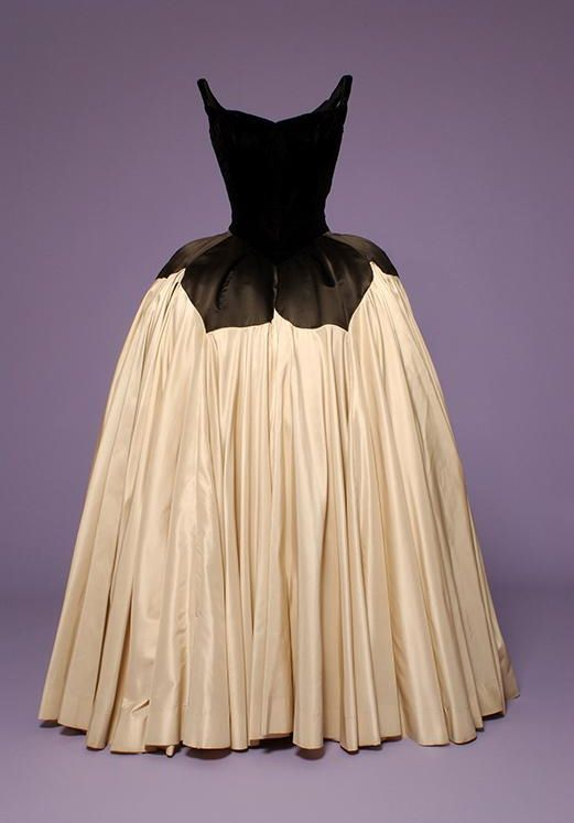 Charles James ballgown, 1951,    The Museum at FIT